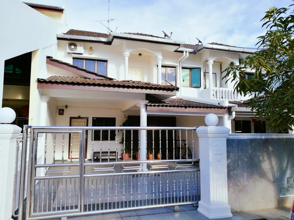 Madam Wong Vacation House Melaka